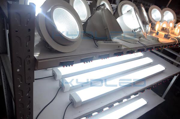 led shop light testing