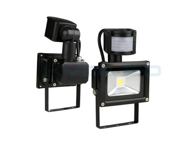 PIR Floodlight 01