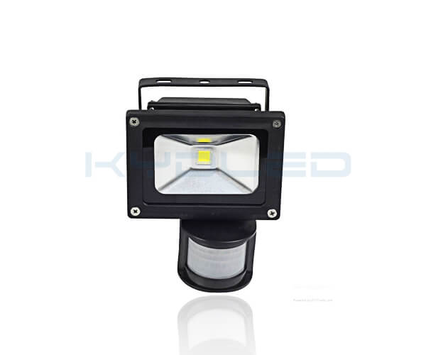 PIR Floodlight 02