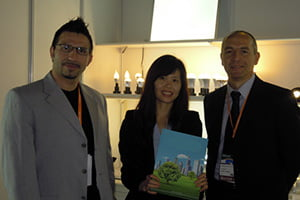 KYDLED met customer in LED lighting fair 04 06